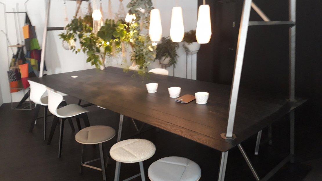Frovi furniture